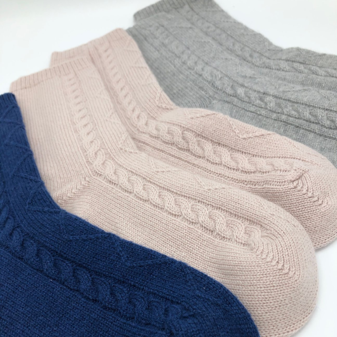 Pure Cashmere Cable Knit Socks