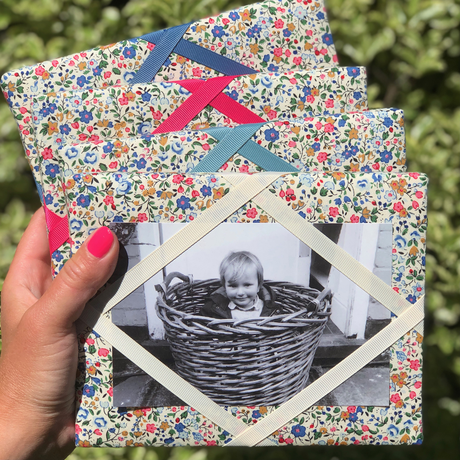 Freestanding Photo Frame – French Flowers Print