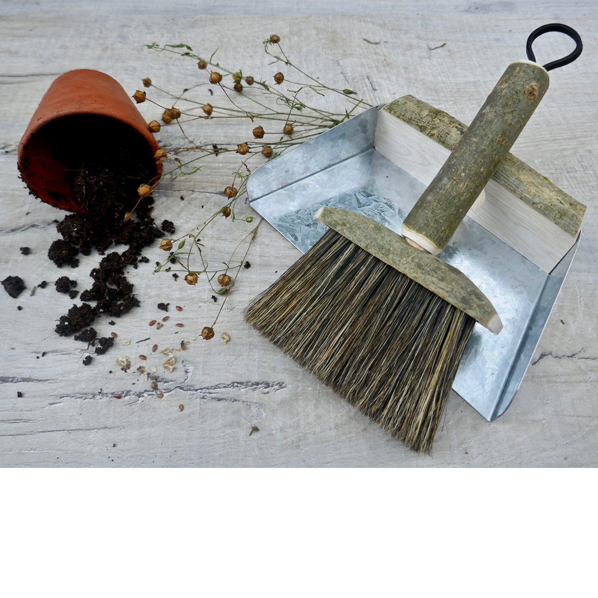 Potting Shed Brush & Pan