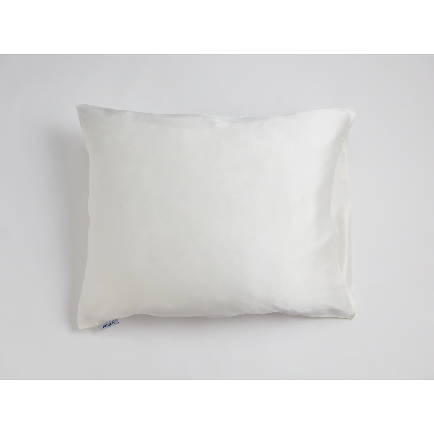 Snoooze cream silk pillowcase