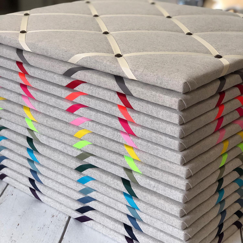Soft Grey Ribbon Memo Board / Ivory Ribbon